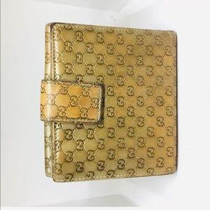 Gucci bi fold wallet with hooks